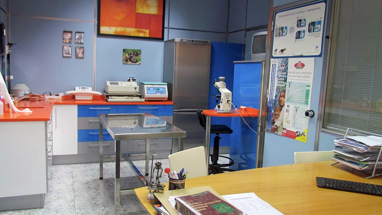 Consultas y laboratorio